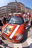 人们在慕尼黑庆祝克里斯托弗街道天 免版税库存图片
