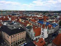 慕尼黑,巴伐利亚的红色屋顶 库存图片