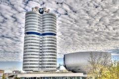 慕尼黑- GERMANYOCTOBER 31 :BMW 2014年6月31日的大厦博物馆 免版税库存照片