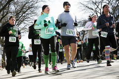 慢跑者,南波士顿,圣帕特里克的天公路赛,南波士顿,马萨诸塞,美国 图库摄影