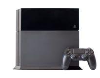 慰问索尼与控制杆DualShock 4的PlayStation 4 库存照片