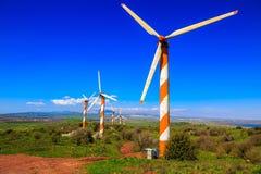 戈兰高地和现代风车 免版税库存照片