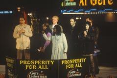 戈尔的总统在10月31日的集会或Lieberman 2000年在Westwood村庄,洛杉矶,加利福尼亚 免版税库存照片