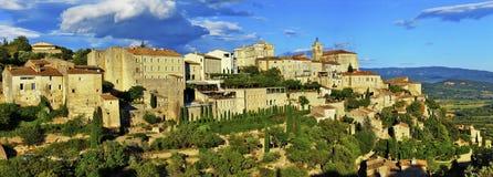 戈尔代中世纪村庄全景在Provance 法国 免版税库存照片