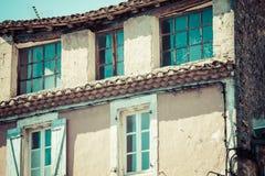 戈尔代中世纪村庄在南法国(普罗旺斯) 图库摄影