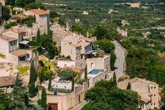 戈尔代美丽如画的小山上面村庄在普罗旺斯,法国 库存图片