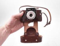 戈梅利,白俄罗斯- 2018年2月22日:摄制照相机SMENA制造的20世纪50年代的35 mm 免版税图库摄影