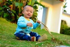 戏剧单独婴孩(亚洲,中国,汉语) 免版税库存照片