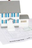 戏弄在一个底层计划的房子设计 免版税库存照片