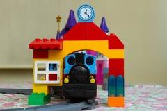 戏弄颜色设计师,派出所,火车 免版税库存图片