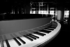 戏耍在钢琴 图库摄影