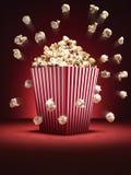 戏院玉米花消散-储蓄图象 免版税库存图片