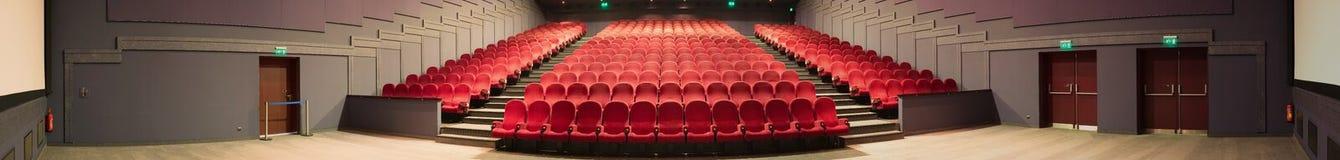 戏院空的全景照片 库存照片