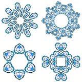 成串珠状蓝色颜色水晶冬天 图库摄影