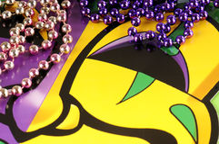 成串珠状gras mardi屏蔽 免版税库存图片