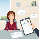 成为歇斯底里的面试工作一他们 候选人女性回答对工作面试的问题 免版税库存照片