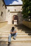 成人有历史的ital旅游托斯卡纳翁布里&#2012 免版税库存图片