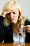 成人表面偏头痛偏头痛纵向妇女 库存照片