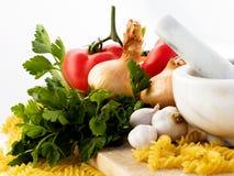 成份意大利意大利面食蕃茄 免版税库存图片