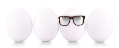 成功标志概念用白鸡蛋 免版税图库摄影