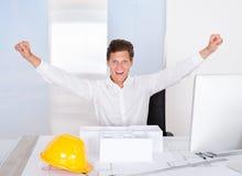 成功的男性建筑师 免版税库存图片