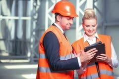 成功的年轻建筑师在新工作 免版税库存图片