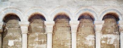 成拱形大教堂来回的peterborough 免版税库存照片