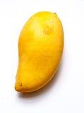 成熟大黄色芒果在孤立白色背景中 免版税库存照片