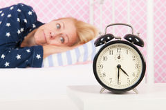 成熟妇女以失眠 免版税库存图片