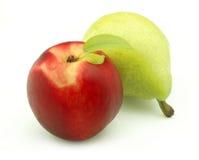 成熟桃子的梨 免版税库存图片