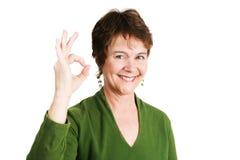成熟爱尔兰妇女Okay 免版税图库摄影