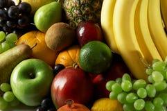 成熟的新鲜水果 免版税库存图片