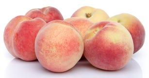 成熟的桃子 免版税库存图片