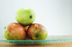 成熟绿色的芒果 免版税图库摄影