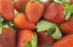 成熟草莓当背景特写镜头 免版税库存图片