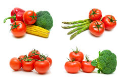 成熟蕃茄和其他菜在白色背景 库存照片