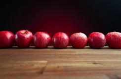 成熟水多的苹果 库存照片