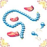 成珠状项链和耳环散布与玫瑰花瓣 库存照片