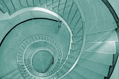 成螺旋形上升的台阶 免版税库存照片