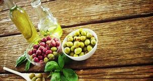 成份橄榄、橄榄油和草本 影视素材