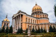 我们的地衣,波兰2018-09-22,美丽的地衣五颜六色的老城市,最大的天主教会的夫人大教堂在波兰 免版税库存图片