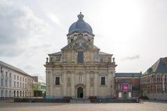 我们的夫人和圣皮特圣徒・彼得教会在跟特,比利时 库存照片
