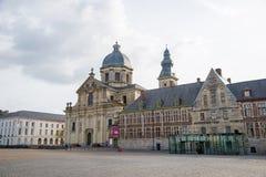 我们的夫人和圣皮特圣徒・彼得教会在跟特,比利时 库存图片