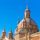 我们的夫人柱子-天主教堂,萨瓦格萨,西班牙大教堂大教堂  特写镜头 库存照片