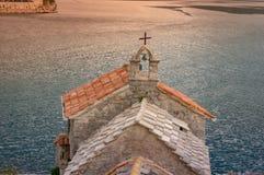 我们的岩石教会视图的夫人从Crkva Gospe od Andela的 Crkva Gospe od ela 1585g 库存图片