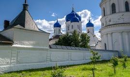 我们的Bogolyubovo在圣洁Bogolyubovo修道院里,弗拉基米尔地区的夫人象大教堂  免版税库存图片