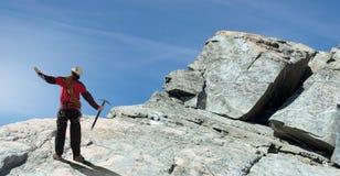我最后到达了山顶! 免版税库存照片