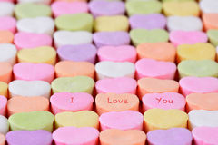 我爱你在糖果心脏 免版税库存图片