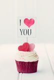 我爱你杯形蛋糕 图库摄影