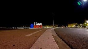 我爱尼斯法国的尼斯商标和夜交通Timelapse 影视素材